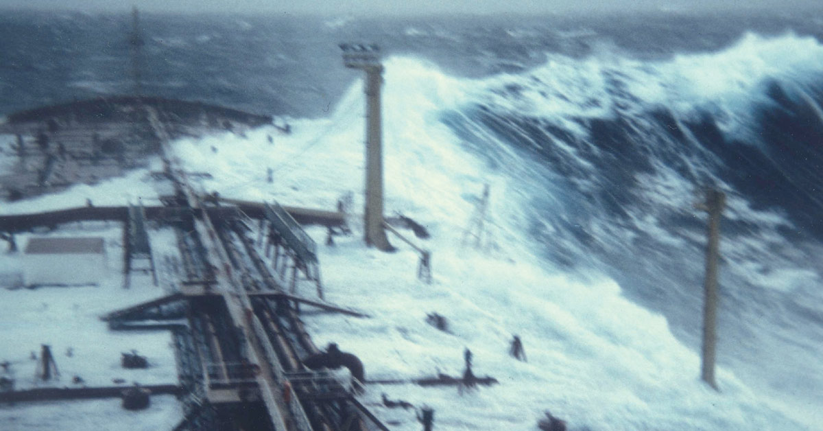 """This image is one of the only photographs ever taken of what is known as a """"rogue wave,"""" a type of oceanic phenomenon often described anecdotally"""